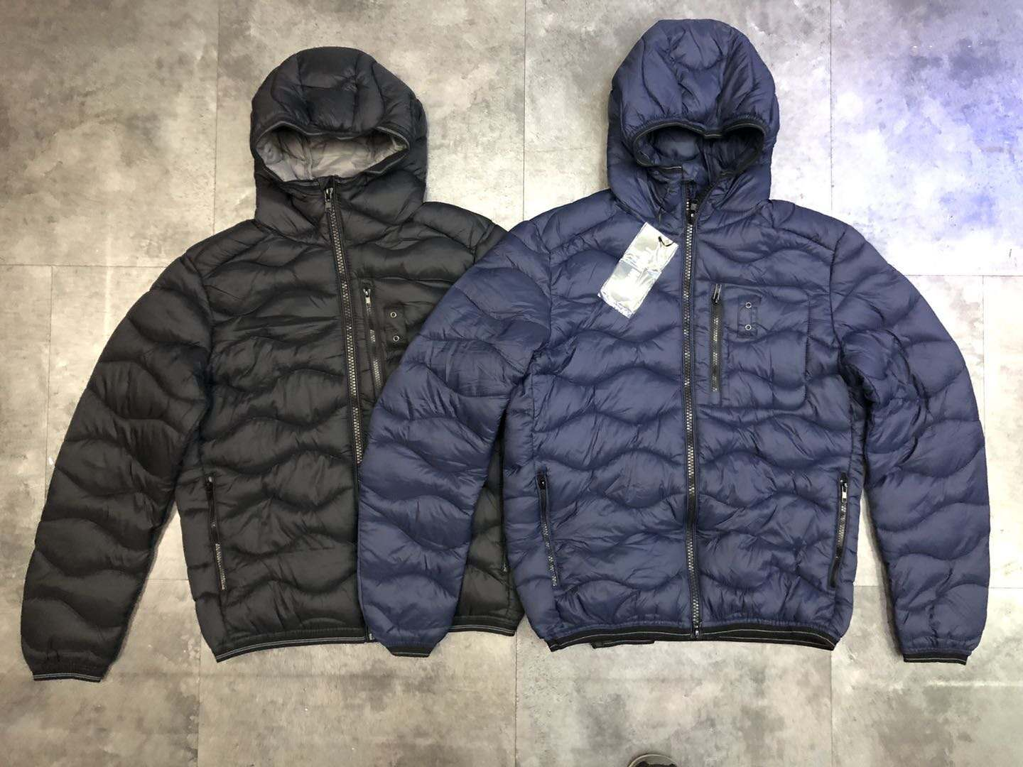 39118 - Men's Padded Jacket with Hood China